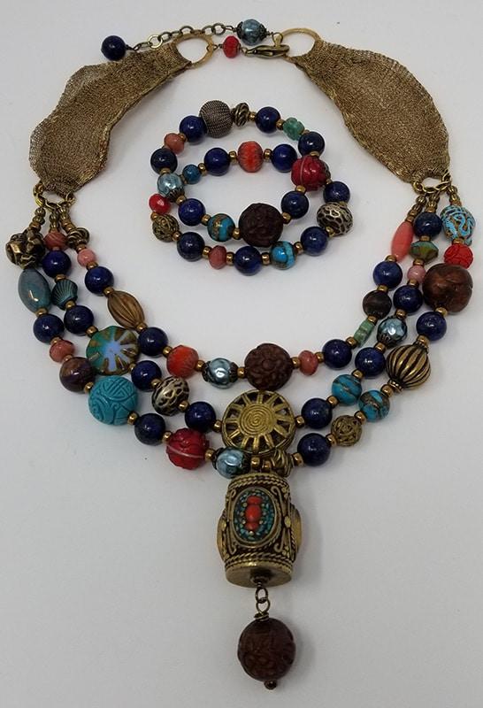 necklaceandbracelets